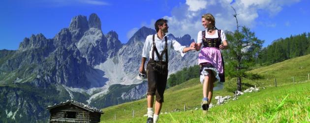 Wandern und Weitwandern in Gruppen und für Singles (c) Bild: Wandern und Weitwandern in Filzmoos/Bischofsmütze, TVB Filzmoos