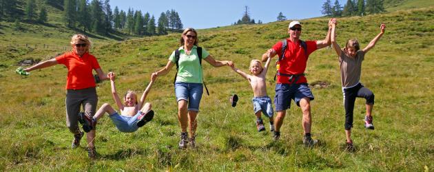 Sicher unterwegs... Wandern & Weitwandern entlang des Salzburger Almenwegs (c) SalzburgerLand Tourismus - Raffalt