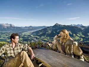Weitwandern entlang des KAT-Walks in den Kitzbüheler Alpen. (c) Peter Vonier