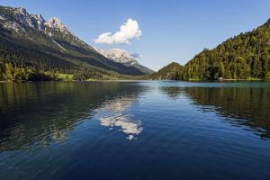 Wandern und Weitwandern auf der Kaiserkrone - Hintersteiner See - c) TVB Wilder Kaiser Tirol