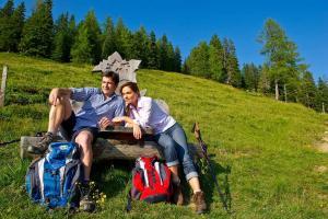 (c) Beitragsbild: Weitwandern entlang des Salzburger Almenwegs - SalzburgerLand Tourismus GmbH (c) Gruber Michael