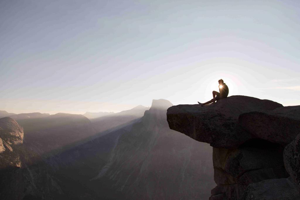 Wandern Sonnenaufgang_Berg©pixabay