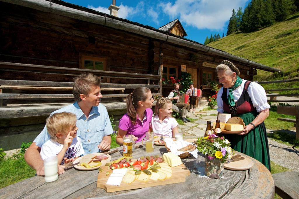 Weitwandern & Wandern Salzburger Almenweg Tipp Ernährung (c) TVB Grossarltal - Raffalt