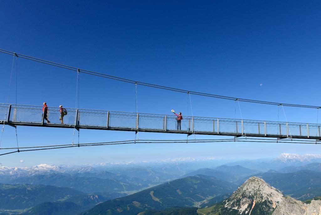 Dachstein Hängebrücke (c) Gery Wolf