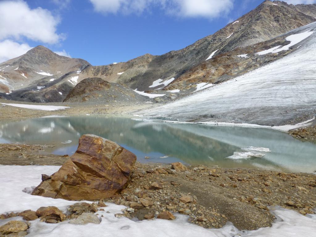 Auch auf der Etappe 3 warten Gletscher und Bergseen