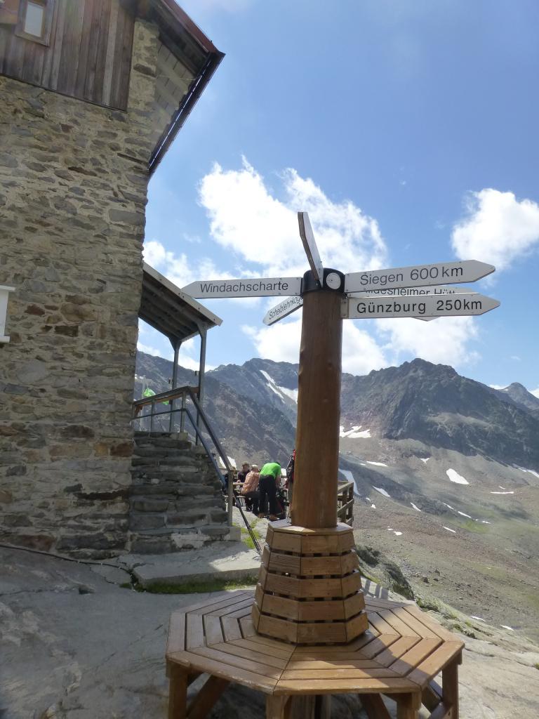 Die Siegerland Hütte lädt am Ende der Etappe 3 wieder zu einer Rast ein