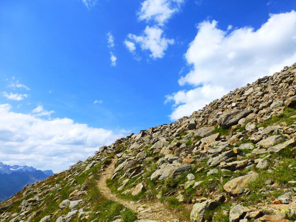 Entlang der Etappe 5 überquert man wieder die Staatsgrenze nach Österreich