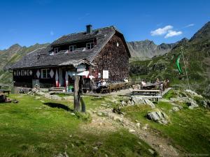 Das Etappenziel - die Ignaz-Mattis-Hütte