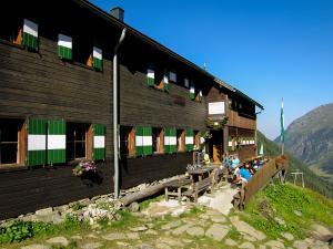Am nächsten Morgen gehts von der Preintalhütte auf zur letzten Etappe, der Etappe 5