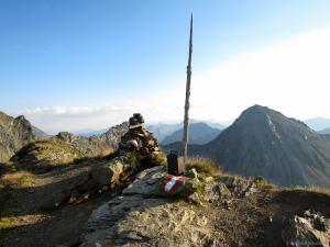 Die Rotmandlspitze ist mit 2.453 m Höhe der höchste Punkt der Etappe 2