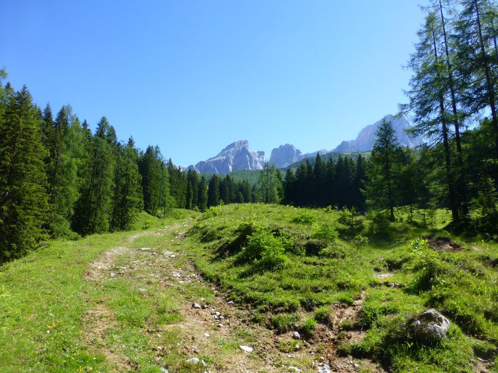Auch die umliegende Bergwelt beeindruckt