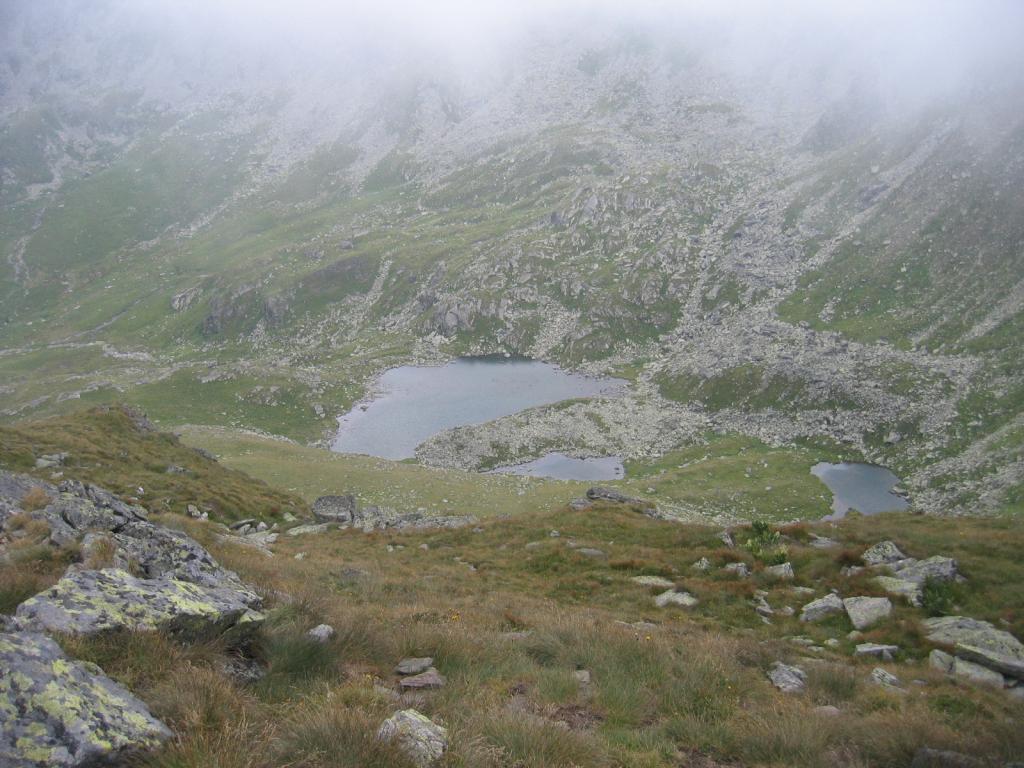 Hinauf Richung Zirbitzkogel wird das Wetter etwas nebeliger, kleine Bergseen laden zum Verweilen ein.