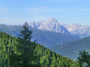 Die umliegende Bergwelt genießen...