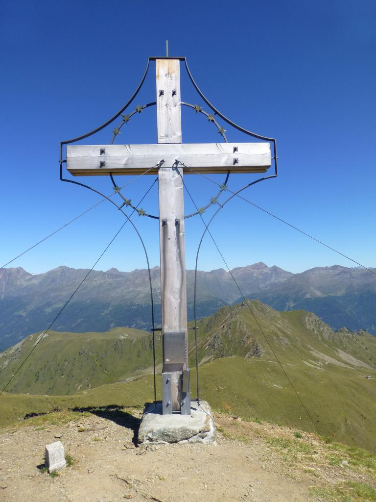Das Gipfelkreuz des Marchkinkele