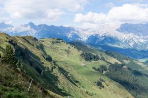 Bergpanorama ach du grüne Neune © Nicola Woisetschläger, Hochkönig Tourismus GmbH