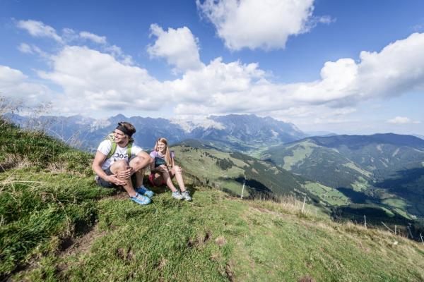 Wandern ach du grüne Neune © Nicola Woisetschläger, Hochkönig Tourismus GmbH
