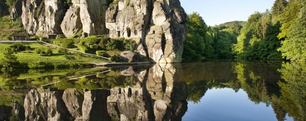 Horn-Bad-Meinberg-Externsteine-Teutoburger-Wald-Tourismus-A-Hub © hermannhöhen